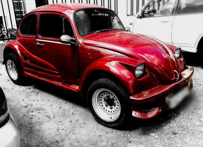 spotted volkswagen 1938 beetle Beautifulcars Car Colorpop Land Vehicle Mode Of Transport Stationary Streetphotography Transportation Vintage Cars Volkswagen First Eyeem Photo