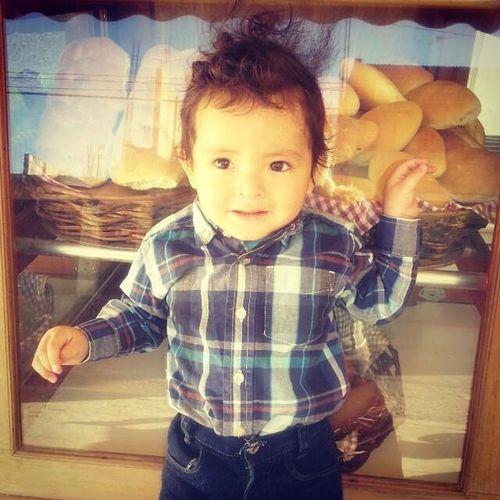 Uno de los amores de mi vida el pequeño Adrian Posdata Dicen que mi hijo pero naaaa es mi sobrino pero guapo como yo fijo :3