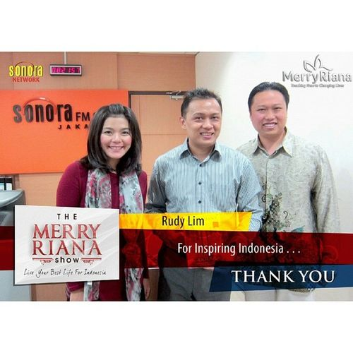 Thank You @merryrianaofficial for this Appreciation, kenang2an saat tampil di TheMerryRianaShow