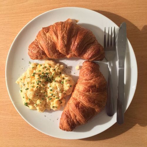 Breakfast Croissant Homemade Food Humpday Enjoying Life Food Foodgraphy Eggs... Scrambledeggs Starting The Day Foodgasm