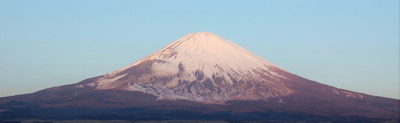 The Great Outdoors - 2016 EyeEm Awards 富士山 Mt.Fuji 山 日本 Japan EyeEm Gallery 御殿場 Shizuoka,japan 富士山を見るたびに写真を撮りたくなる。当然それが非日常であるからに他ならないが、日本人の心のどこかにそのDNAがあるやにも思う。