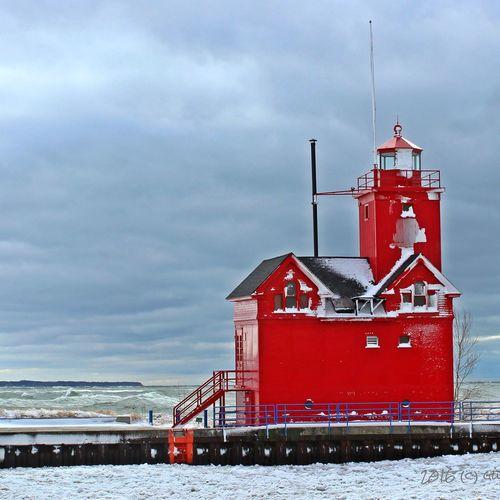 Bigredlighthouse Winterscapes Lake Michigan Lighthouses Of Lake Michigan Holland Michigan City Of Holland Pure Michigan Puremittigan Awesome Michigan