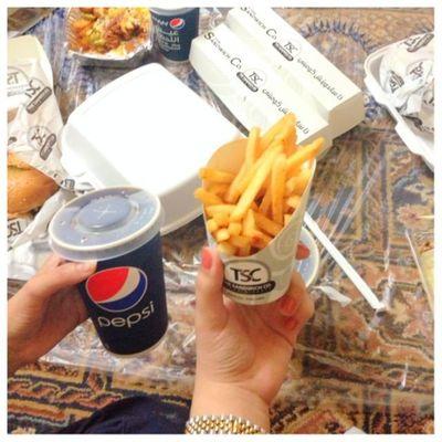 المطعمم كان ججداً جمميل انصحكم فيه ? . instagram:arwaasaleh مطعم  ضيفوني