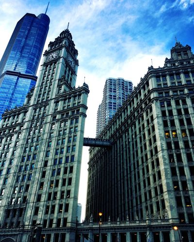 Chicago Chicago Architecture Chicago Architecture Building Exterior Built Structure Low Angle View Skyscraper Modern Sky City Travel Destinations Day Outdoors Tower No People