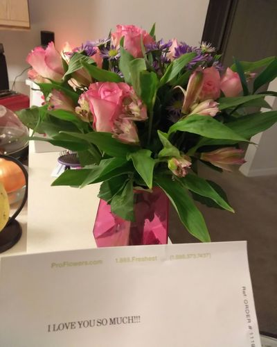 Flower Vase Indoors  Freshness No People Bouquet Pink Color Flower Arrangement Flower Head Close-up Valentine's Day  Happy Valentines Day ❤ Valentines Gift Best Boyfriend Ever  I Love Him I Love Flowers Fresh Bouquet Love Love Is In The Air ALL THE LOVE He Loves Me