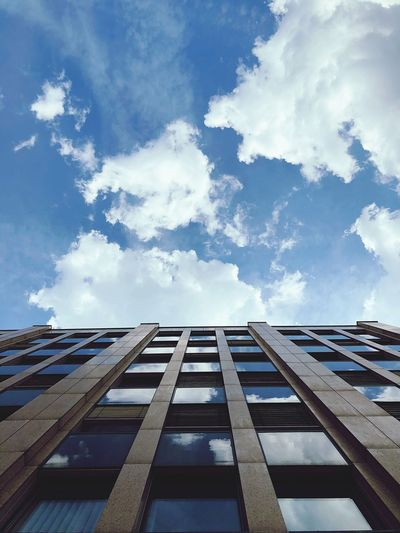 Cloud - Sky Sky Architecture Building Exterior Built Structure Low Angle View Day Nature No People City Diminishing Perspective Reflection Directly Below Outdoors Pattern Sunlight Building Blue Tall - High Office