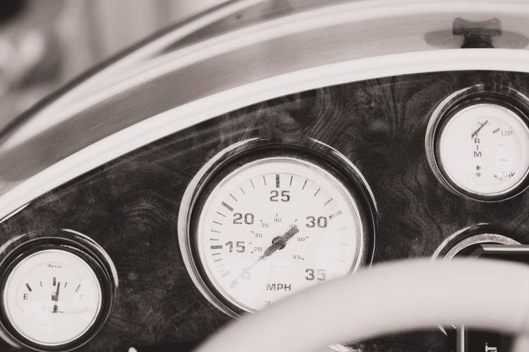 Boat Boat Dashboard Dashboard Gauge Meter - Instrument Of Measurement Number Speedometer Technology