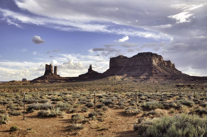 America Arid Climate Beauty In Nature Beauty In Nature Cloud - Sky Day Desert Desert Famous Place Landscape Landscape_Collection Monument Valley Mountain Nature No People Outdoors Physical Geography Pinnacles Red Roadtrip Rock - Object Rocks Scenics Sky USA Been There. The Great Outdoors - 2018 EyeEm Awards