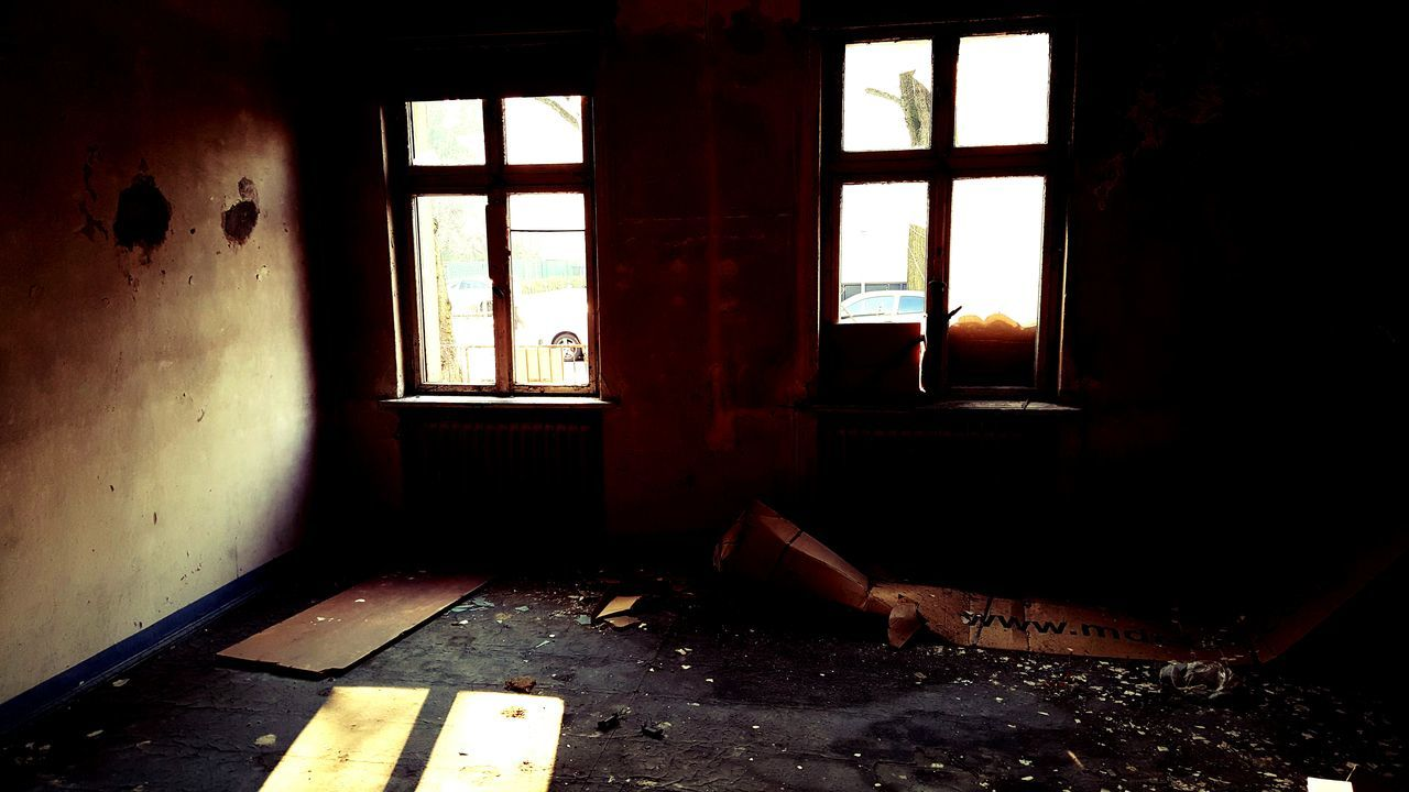 window, abandoned, indoors, day, obsolete, no people, damaged, run-down, bad condition, architecture, home interior, old, building, decline, messy, domestic room, deterioration, house, sunlight, flooring, ruined, dirty, window frame