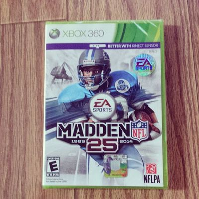 Thanks Mom! Bestmomever Madden25 25yearsofmadden Xbox360 NFL barrysanders
