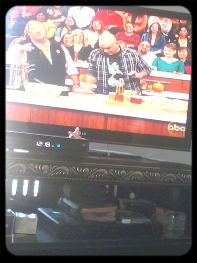 watchinq the chew :)