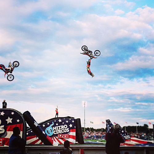Cloud - Sky Sky Mid-air Cloudy Cloud Multi Colored Fun Large Group Of Objects Flying Outdoors Wind Focus On Foreground Day Symbol Carefree Nitro Circus Nitrocircus Nitrocircuslive FMX Actionsports Extremesports Sport Bike Trick