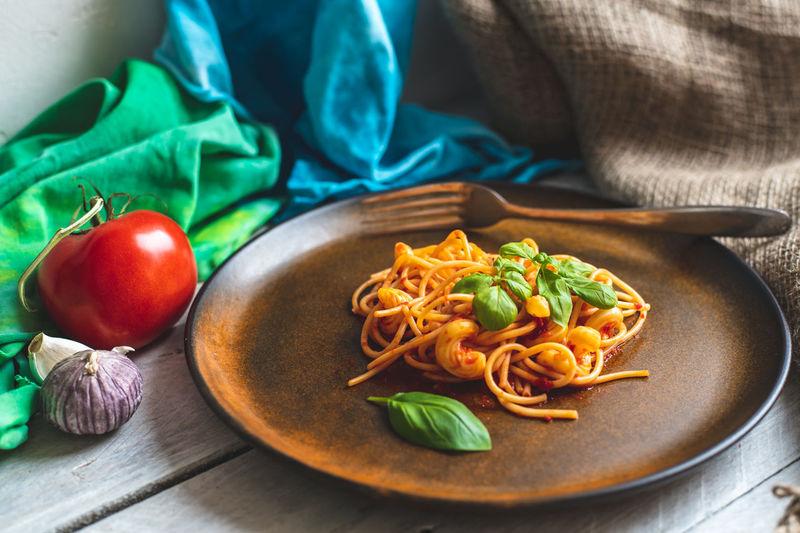 spaghetti Healthy Eating Vegan Food Vegetarian Food Spaghetti Pasta Dinner Lunch Eating Close-up Food And Drink Noodles Chili Pepper Ramen Noodles Italian Food Macaroni