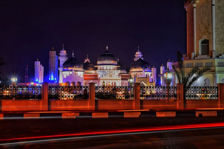 Architecture Built Structure Building Exterior Night City Motion Light Trail Travel Destinations Long Exposure Building Religion Mosque INDONESIA Aceh, Indonesia Banda Aceh Capture Tomorrow EyeEmNewHere