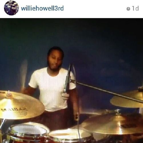 ShoutOut to my big brother @williehowell3rd one of the greatest and most humble musicians & influences I've ever been blessed to meet. Love you bro Family Musicianlife Instashoutout dopeness instawisdom wisecouncil inspired follow