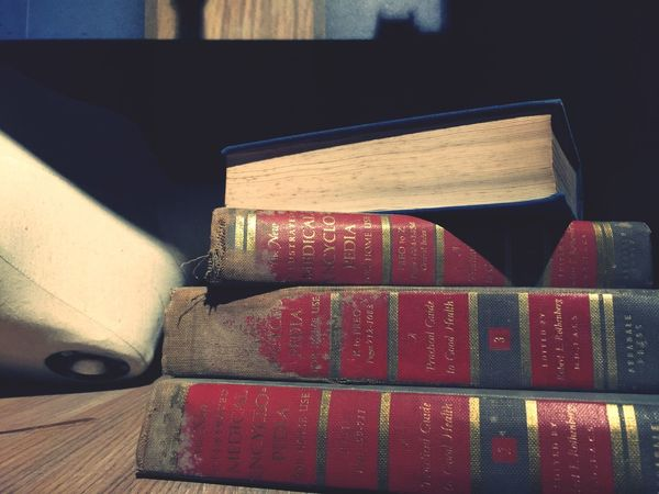 Be knowledgeable ! Book Encyclopedia Old Books Vintage Bookworm Thick Books Smart Eyeemphoto Library Read Reading Reading A Book Knowledge What I Value Best Seller Read More Thinking Bookstore Eyeemphoto Papers Book Collections Book Store Intellectual Reading Time Vintage Style