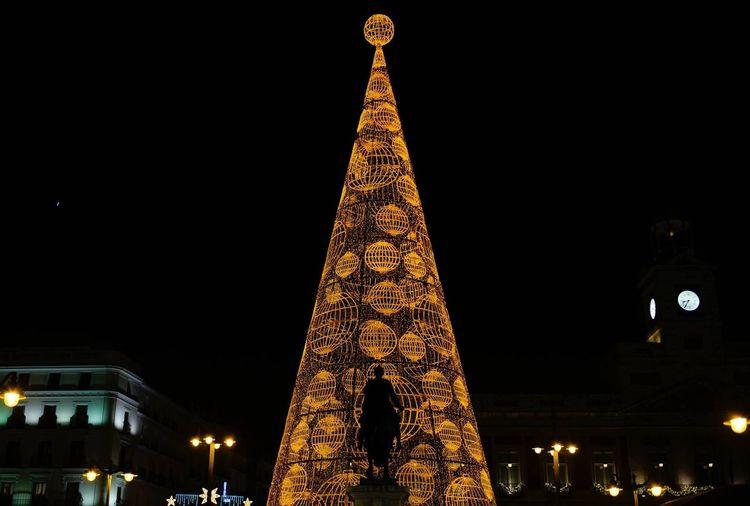 Hello World Taking Photos Enjoying Life Photography Madrid Madrid Spain Caminando Por Ahi Taking Photos Navidad Madrid_sol Kilometrocero Luces De Ciudad ComunidadDeMadrid NAVIDAD2015