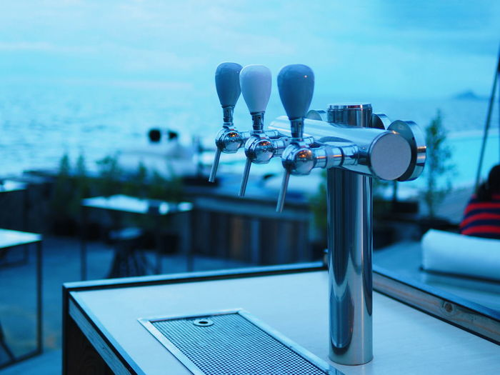 Beach Lounge Beer Beers Beach Lounger Beer - Alcohol Beer Glass Beer Time Beerlover Beertime Car Car Grill Car Grille Close-up Day Dispersion Draft Draft Beer Focus On Foreground Nature No People Outdoors Sea Sky Tower Water
