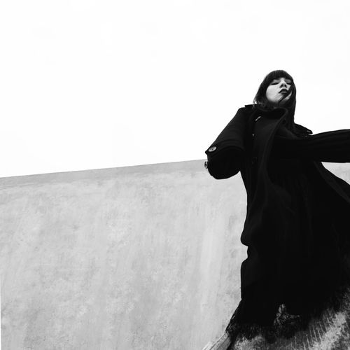 Noir minimalism Girl Beauty Fashion Pose Blackandwhite Attitude Photography Model Minimalist Architecture Art Minimalism Fashion Photography Bw Sport Running Portrait Outfit Love Young Women Silhouette Women Sky Go Higher Stories From The City Inner Power EyeEmNewHere Visual Creativity