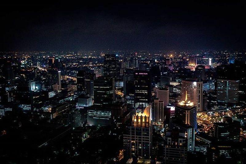 Best I could do without a tripod and dealing with a serious hazy sky at night Bangkok ASIA Thailand Nightphotography Moonbar Moonbarbangkok