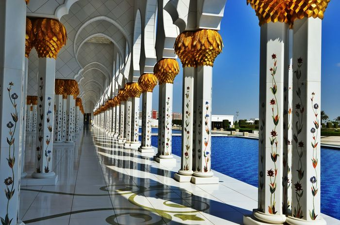 Town United Arab Emirates Grandmosque Abu Dhabi Building Exterior Travel Destinations Built Structure Architecture City Life Outdoors Time Passes By Cityscape Islamic Architecture Islam Quran Religion Reflection City Place Of Worship SubhanAllah
