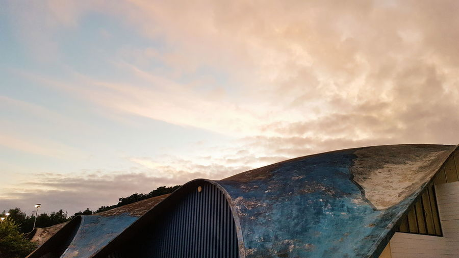 Heinz Isler's beautifully designed architecture. Sky Architecture Cloud Cloud - Sky Architectural Feature Heinz Isler Norwich Minimalism Concretedesign Arch Sunset Built Structure