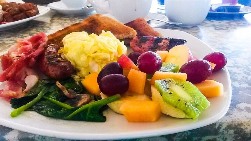 Sausage Food And Drink Food Indoors  Freshness Ready-to-eat No People Day Close-up Eggs... Breakfast Plate Toasted Bread Mushrooms Spinach Melon Grapes Fruit Salad Kiwi Kiwi - Fruit Healthy Eating Freshness Variation