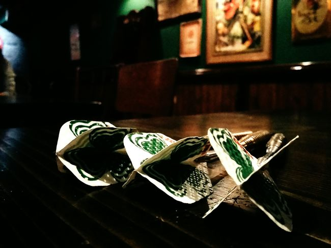 Indoors  Close-up Group Of Objects No People Surface Level Collection Table VSCO Cam Picado Arrows Pub