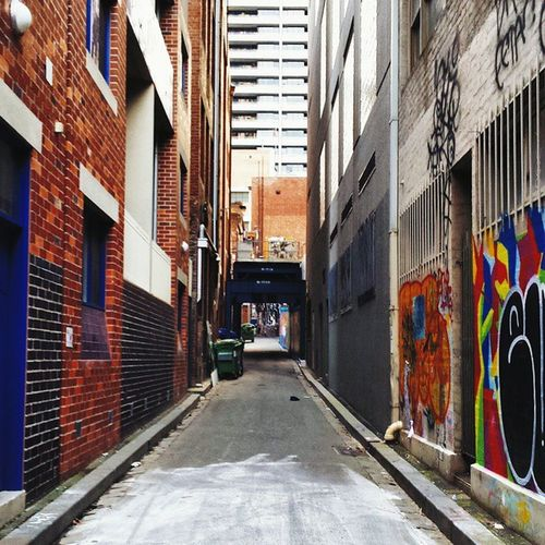 Re-edit. I tried a moodier version low on saturation and contrast prior that gave it a more puzzling effect, but the colours are also too good to pass up! VSCO Vscoby Vscocam Vscogrid vscogood Melbourne laneway Australia