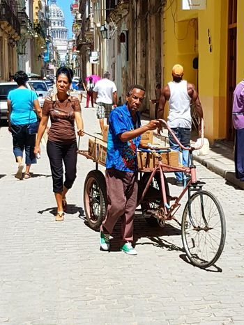 CUBA! City Street Street City Life Building Exterior People Men City Architecture Day Cuba Streets Cuba2017 Cuban People Cuban Lifestyle Havana Cuba Havanasphoto Havana, Cuba Bicycle Full Length Cycling Outdoors Adult Young Adult Adults Only Group Of People First Eyeem Photo