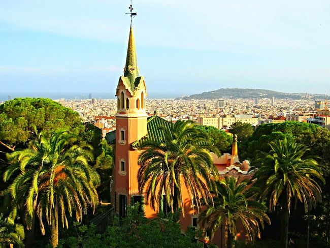 SPAIN Barcelona Parkguell Parkphotography Church Palmtrees Above The City Beautifulview Buildingphotography Architecturephotography Eyeemcollection Eyeemphotography Tower Landscapephotography The Architect - 2017 EyeEm Awards