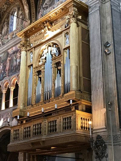 Parma No Filter Organo Duomo Di Parma Duomo Parma Emiliaromagna Italy Architecture Built Structure Building Building Exterior Religion Place Of Worship Belief Spirituality The Past History Travel Destinations Pipe Organ Day Tourism Architectural Column Ornate Ceiling