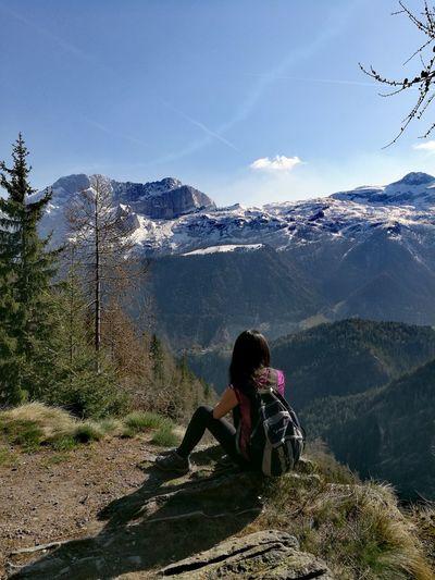Young Women Mountain Sitting Women Adventure Forest Full Length Tree Sky Mountain Range