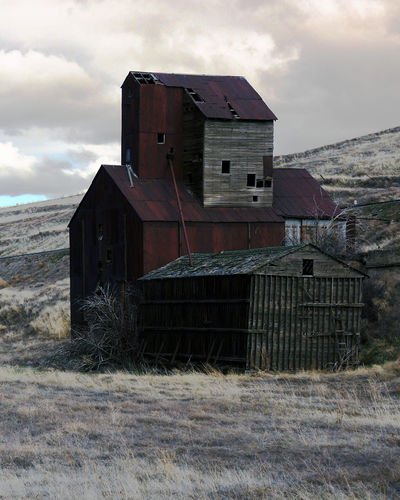 Agriculture Derelict Eastern Oregon Grain Elevator Abandoned Abandoned Buildings Building Deterioration Dilapadated Haunting  Old Buildings Rural Scene