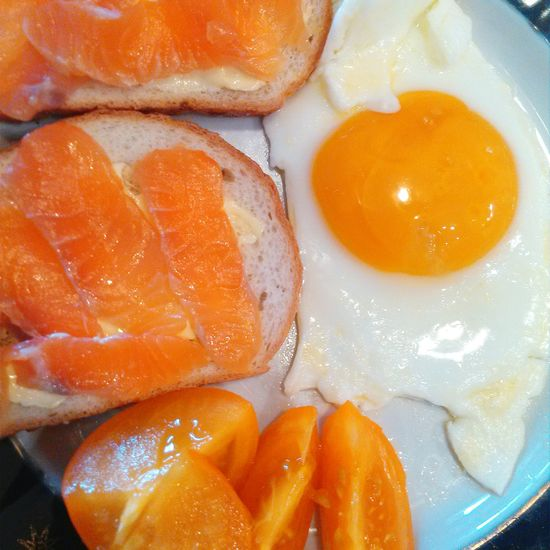 43 Golden Moments Orange Color Egg Breakfast Yellow Salmone Tomato Plate Ready-to-eat Lighter & Brighter Showcase July Eating Breakfast At Home Tasty Tastyfood