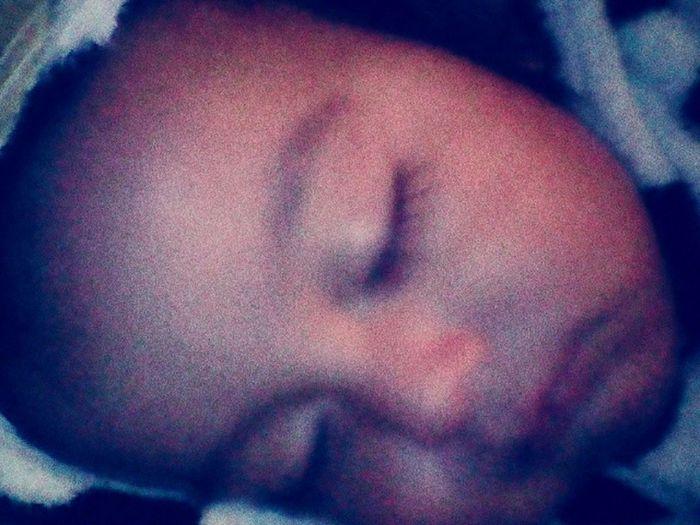 Mi bbe durmiendo :) <3