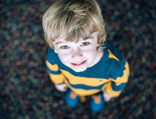 Dexter Themeyes Bokehlicious Bokeh Bokehkillers Stripes Jumper Nikon D810 50mm Happy Son Love Rug Blueshoes