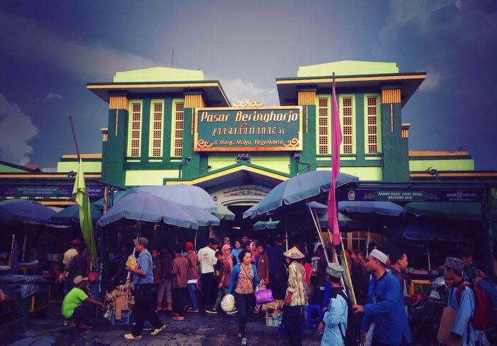 Traditional Market Beringharjo Jogjakarta Batik Murah Bagus INDONESIA