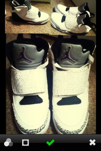 Am Trynna Sell Them .-. Idk How Much But Ill Find Out How Much Thoe . && There New I Only Used Them 2 Times There Not Mest Up There Brand New . There White Wwith Purple And Black .   Inbox Me Or Comment .  Anyone?? Please (: