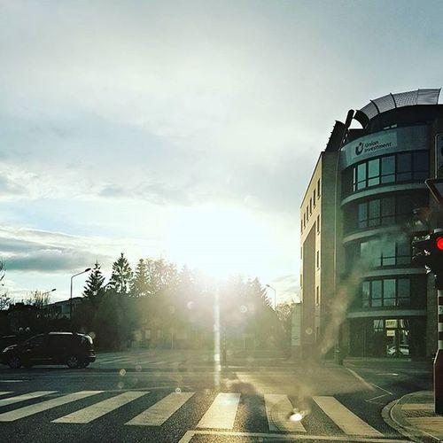 Sun! I missed you 🌞 Sun Sunshine Love Warm Warmth Spring Blogger_LU Blog Lifestyle Lifestyleblogger Afterworkout Missit Missyou Weather Light Street Streetphoto Bluesky Clouds Cloud Cloudporn