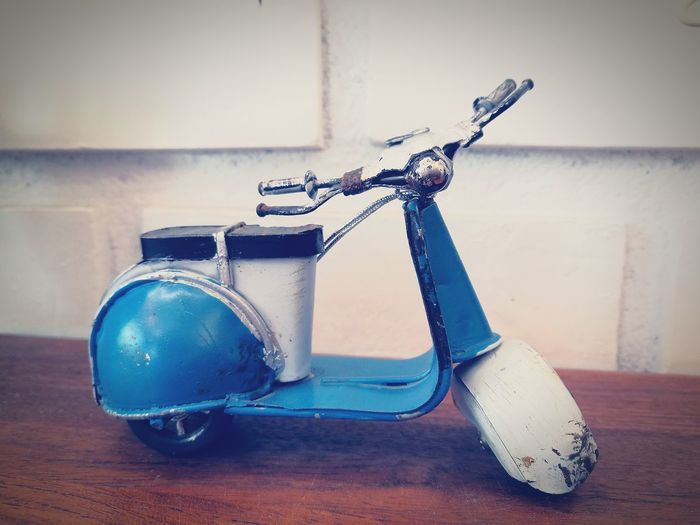 Toy Handmade Toy Vespa Small Decoration Interior Boy Toy White And Blue