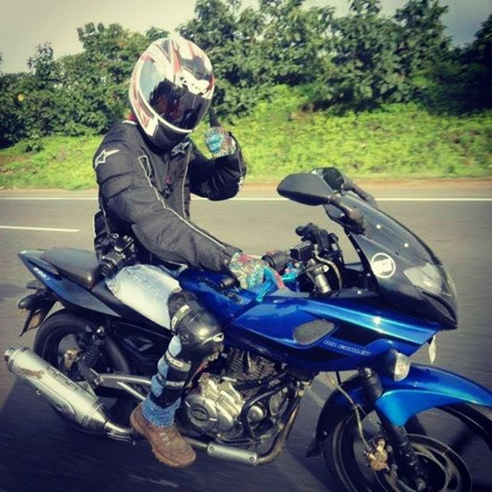 Riding is what keeps me alive... Riding Biker Charoti IBW Pulsar220 Ls2 Fox Gloves Canon ;)