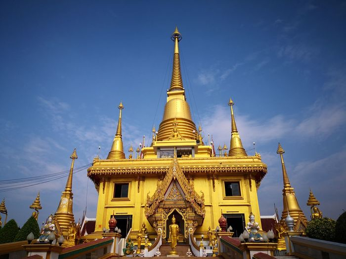 Gold Beauty Royalty Place Of Worship Adulation Statue Gold Colored Arts Culture And Entertainment Arrival Shrine Pagoda