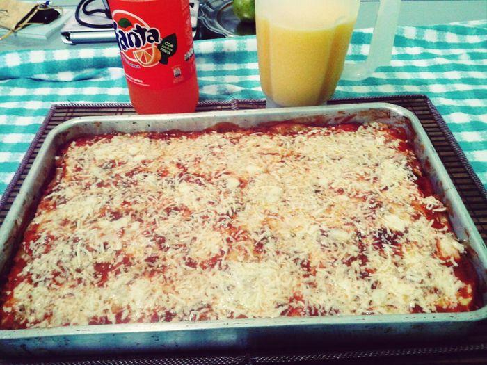Nossa lasanha é a melhor :) não tenho dúvida!! s2