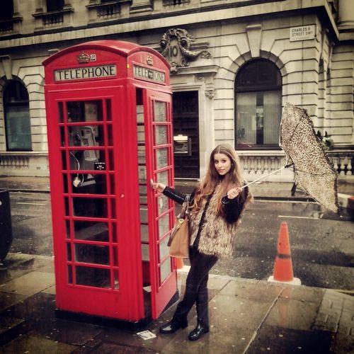 telephone :))