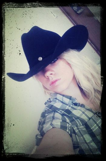 Country Spirit Pretty Eyes Selfie Todays Hot Look i love this one