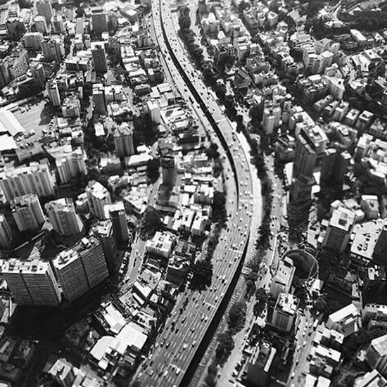 Todos somos ormigas lo que cambia es el ormigero Caracas City Venezuela Blackandwhite City Caracas Monochrome Streetphoto_bw Blackandwhite Photography High Newspaper