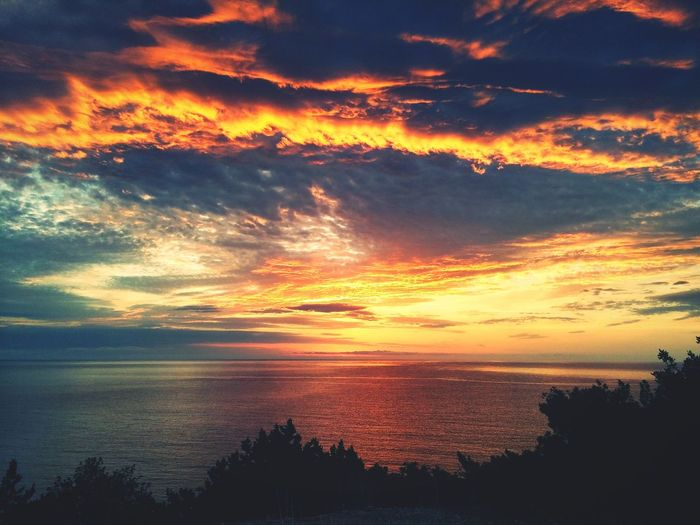 Alba Mattino Italy Sardinia Colors Colorful Colorful Sky Clouds And Sky Beautiful Nature Meandnature Clouds Nature Photography Beyond First Eyeem Photo Sardegna Sea CloudSea View Seascape Seasunrise Sunrise Seasunsky Mediterranean  7am  Octomber