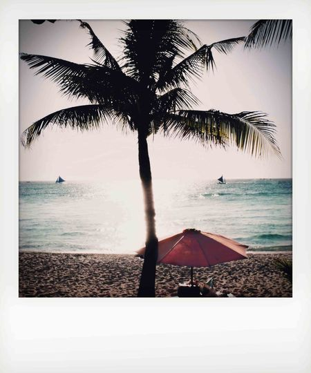 Https:/Instagram.com/sevenpounder7and sevenography... Sea Beach Water Sky Nature Shootermag Eyeem Philippines EyeEm Gallery EyeEm Best Shots Eye4photography  Popular Photos Picoftheday Check This Out EyeEm Phillipines Todays Hot Look Boracay Fujifilm X30 Exploring Style My Year My View