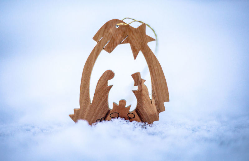 Art Baby Jesus Bethlehem Carving - Craft Product Christmas Christmas Card Christmas Scene Close-up Holy Family Low Angle View Snow Snow ❄ Star Timber Art